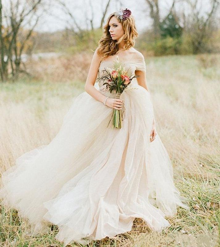 Свадебные платья воздушные